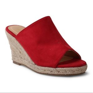 Wanted Suedette red 6.5